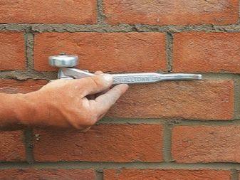Толщина шва в кирпичной кладке размер шва между кирпичами на стене по СНиПу и ГОСТу