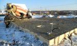 Залить бетон при минусовой температуре – Правильная заливка бетона зимой или когда холодно