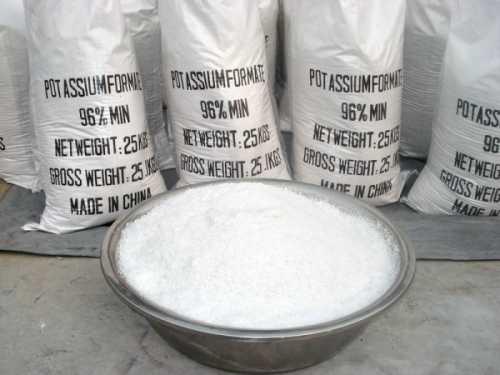 Что добавляют в бетон при низких температурах – Добавки в бетон при минусовых температурах: особенности заливки — Пенообразователь для пенобетона